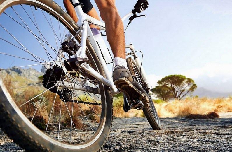 Ciclismo + allenamento della forza: quanto è importante fare entrambe le cose?